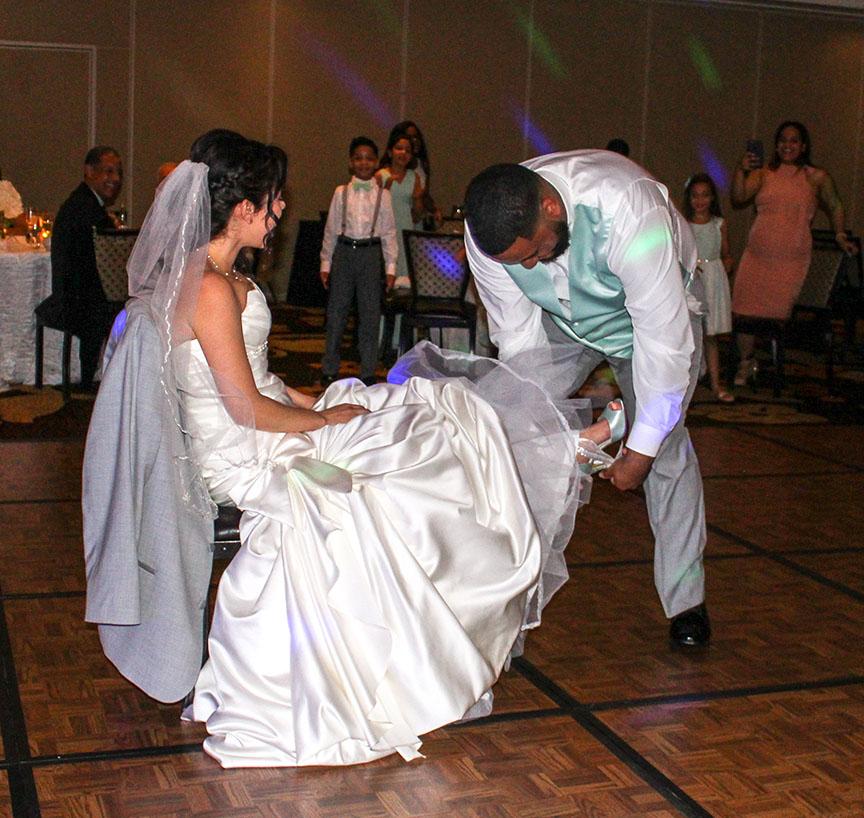 Wedding Garter Songs: Traditional Wedding Activities